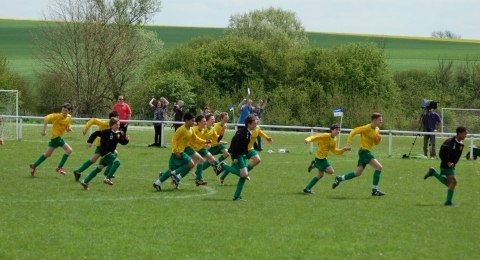 Hitchin Town FC Hawks U14s banner image 3