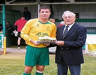 Canaries Contract Top Scorer