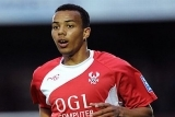 Moors Borrow Young Harriers Striker