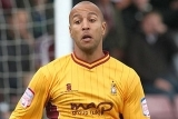 Sutton United Add Hunt to Squad