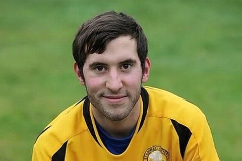 Swifts Raid Stanway Rovers for Trio