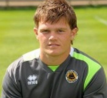 Keeper Commits to Pilgrims