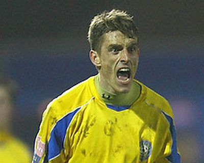 Canvey Bring in Four More