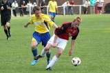Wrens Sign Rivals` Midfielder
