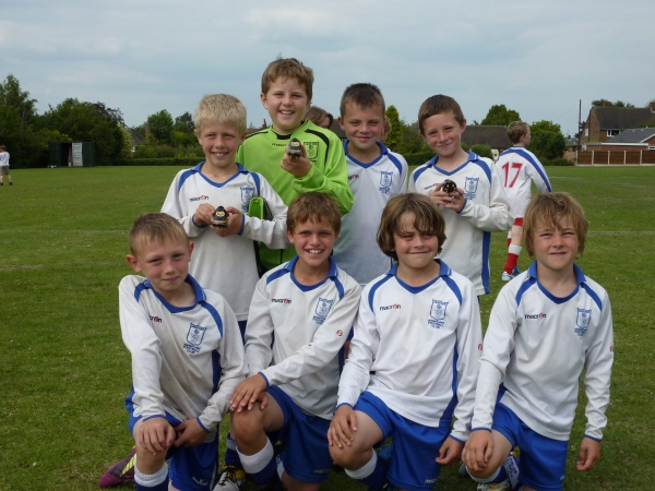 HEATHER LIONS WIN THE WINSHILL TOURNAMENT  image