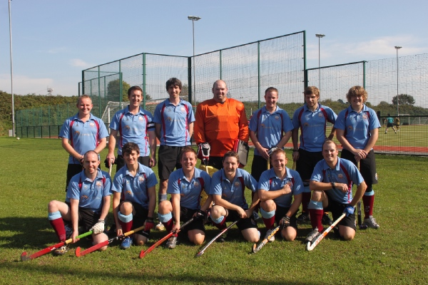 Back row, L-R: Aaron West, Chris Frude (c), Stuart Bennett, Tim Chalmers, Matt West, James Frost, Lewis Gunn-Colling