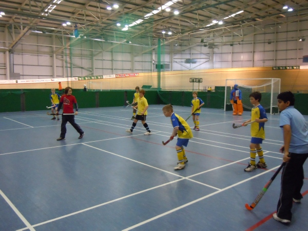 Abergavenny Boys U13s Thrive at Newport Veledrome image