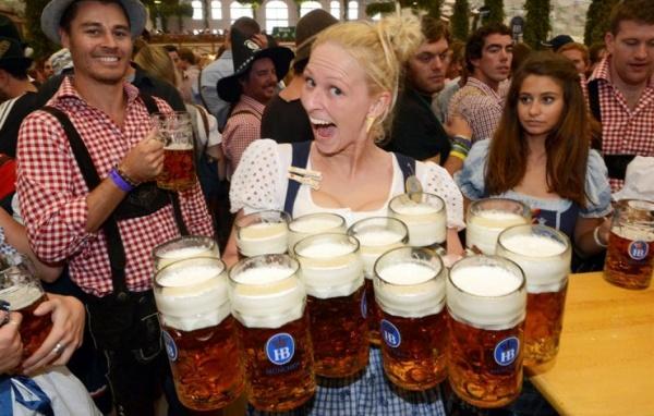 Meet Our Friendly Expat Community in Munich