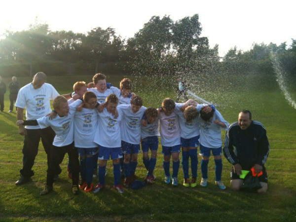 UNDER 10'S CLINCH LEAGUE TITLE - Leek Town - a Charter Standard club