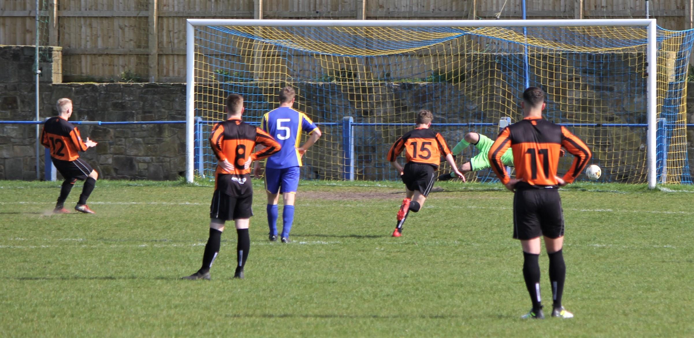 Bagot scores a penalty to make it 2-1