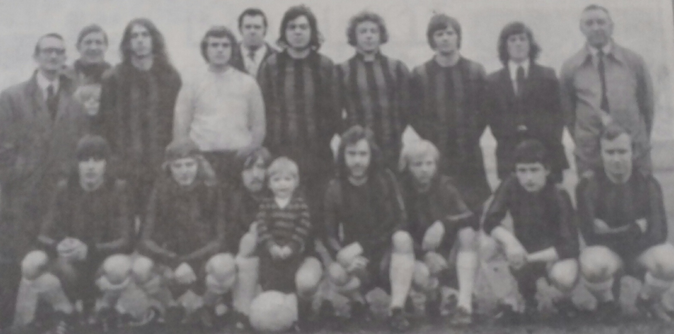 Man of Trent 1973 Back A Rowley(Chairman)M Robinson(Manager) A Rowley, B Arnold, G Parkes(Trainer)P Palmer, D Wragg, A Birchenall, J Hawley,DH Roe(Secretary) Front D Binch S Binch D Jeffrey P King M Green S Rowley T Rowley P Jeffrey(mascot)