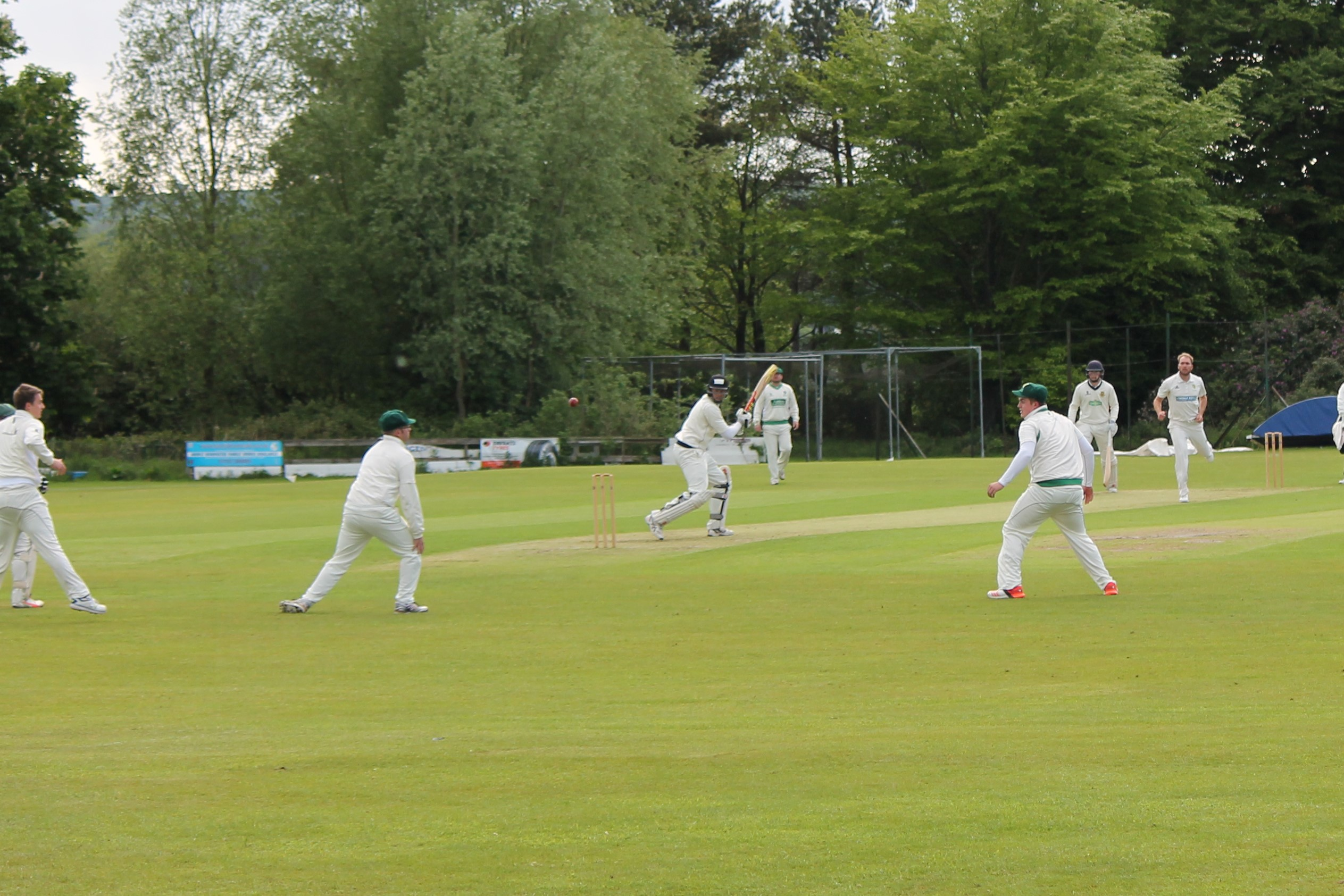 You know when it's not your day - Wayne White edges through the slips......